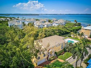 811 Jungle Queen Way, Longboat Key, FL 34228
