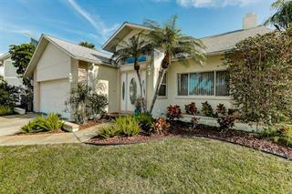 602 N Point Dr, Holmes Beach, FL 34217