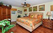 Master Suite - Single Family Home for sale at 465 E Royal Flamingo Dr, Sarasota, FL 34236 - MLS Number is A4187554