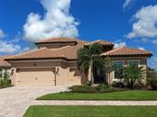 7611 Windy Hill Cv, Lakewood Ranch, FL 34202