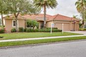 Single Family Home for sale at 4760 Sweetshade Dr, Sarasota, FL 34241 - MLS Number is A4404421