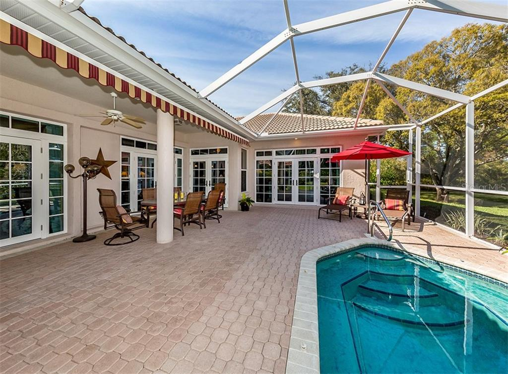 Single Family Home for sale at 430 Autumn Chase Dr, Venice, FL 34292 - MLS Number is N6103879