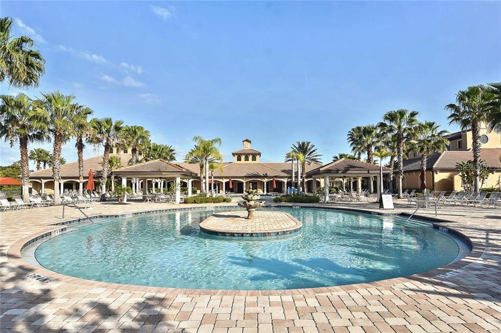 Community pool, clubhouse - Villa for sale at 11108 Batello Dr, Venice, FL 34292 - MLS Number is N6104651